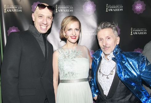 Fashion 2.0 Awards host Robert Verdi; Style Coalition founder and CEO Yuli Ziv; Simon Doonan, Barneys New York creative ambassador at large - pic by Patrick McMullan