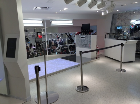 H&M tech store, Times Square